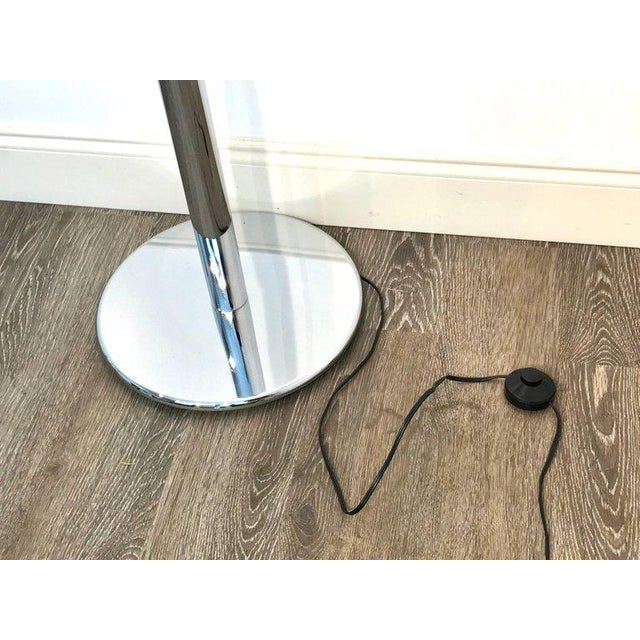 Mid-Century Modern Mazzega Murano Tulip Floor Lamp For Sale - Image 3 of 13