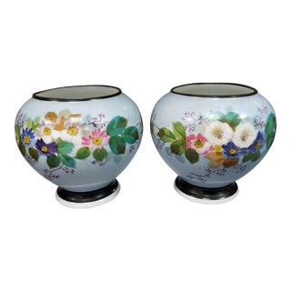 19th Century French Napoleon III Porcelain Floral Motif Cachepots - a Pair For Sale