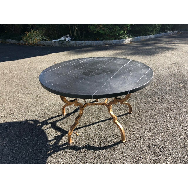 Metal 1960s Vintage French Hollywood Regency Gilt Wrought Iron Marble Top Coffee Table For Sale - Image 7 of 12
