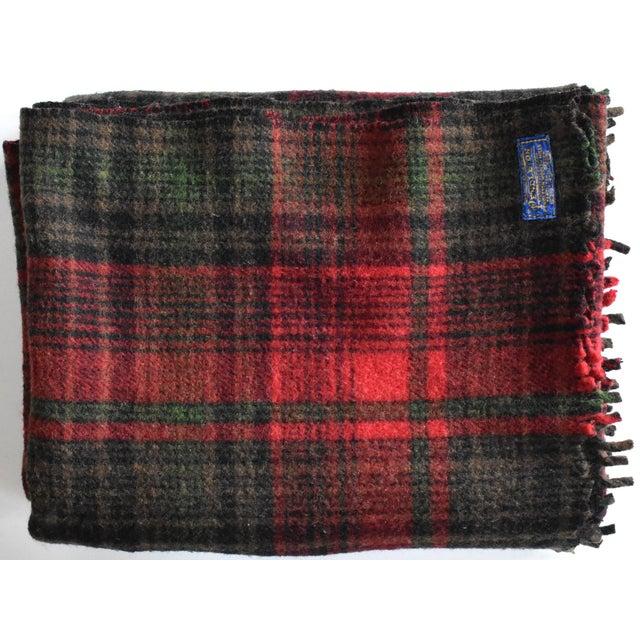 Vintage Pendleton Woolen Mills Red & Green Plaid Wool Blanket For Sale In San Francisco - Image 6 of 6