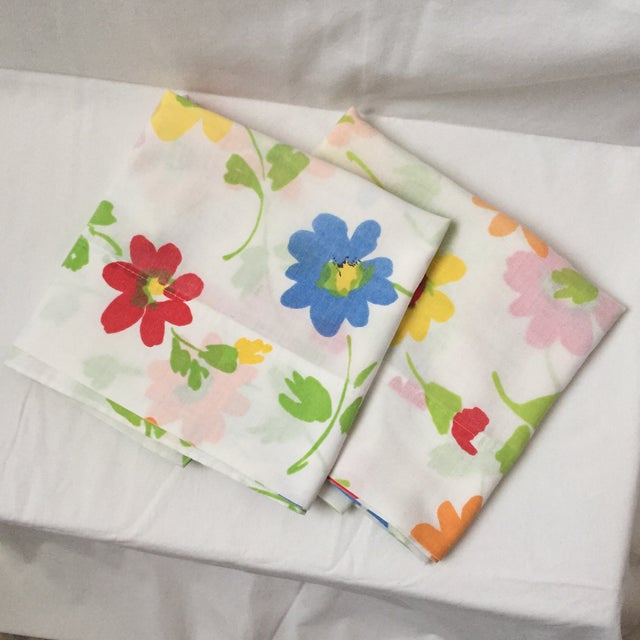 Vintage Floral Block Stamp Queen Pillow Cases - A Pair - Image 2 of 5