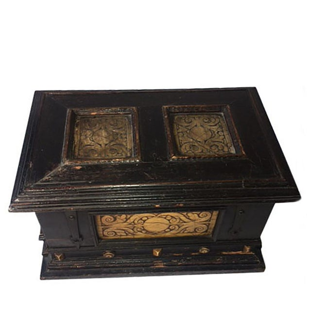 17th Century 17th Century Alabaster and Ebonised Wood Casket Malines Coffer For Sale - Image 5 of 7