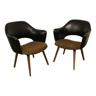 Mid-Century Modern Saarinen for Knoll Wood Leg Executive Chairs- A Pair For Sale