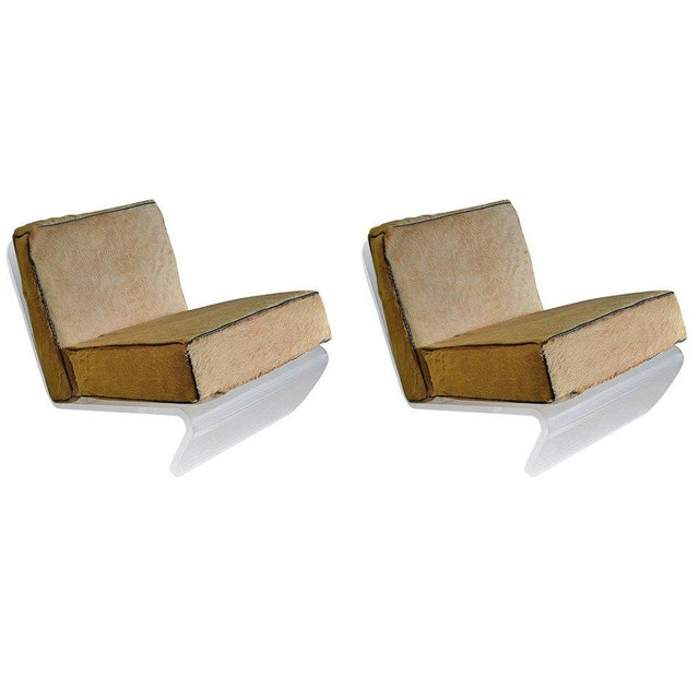 1970s Mid-Century Modern Tan Cushion Lucite Lounge Chairs - a Pair For Sale - Image 9 of 9