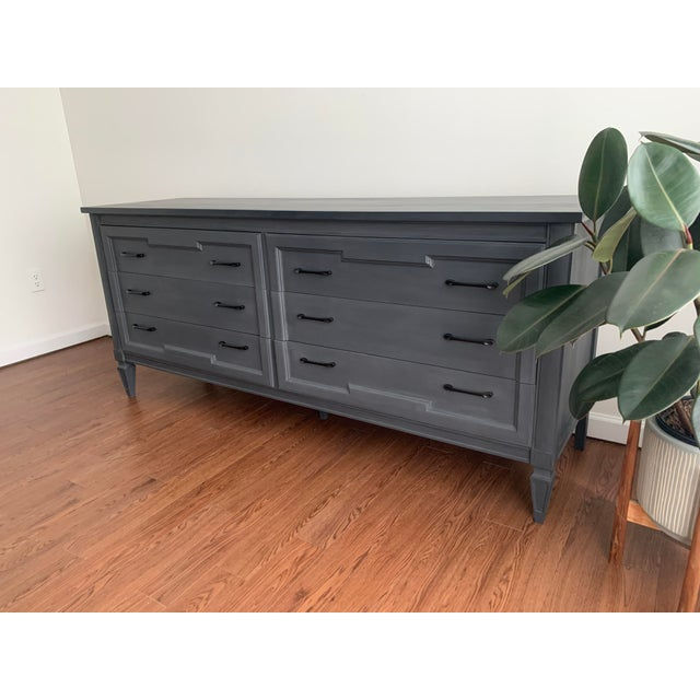 Thomasville Mid-Century Modern Grey Charcoal Dresser For Sale - Image 4 of 9