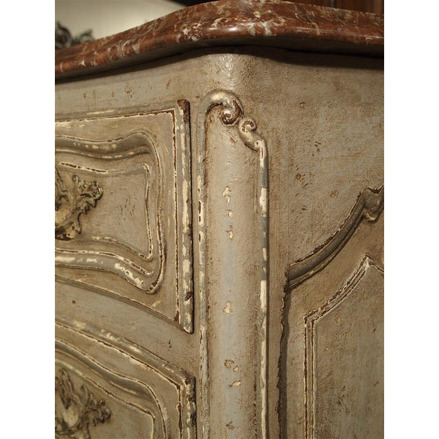 Antique Louis XV Style Painted French Chest of Drawers with Marble Top For Sale In Dallas - Image 6 of 10