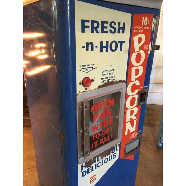 Vintage Functional Popcorn Dispenser For Sale - Image 5 of 10