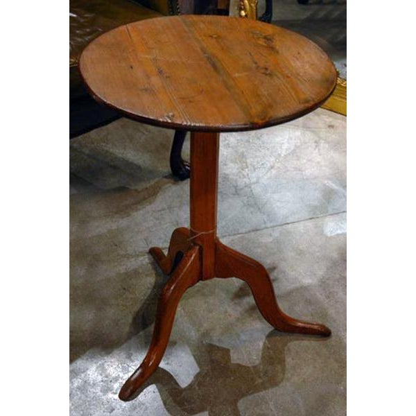 English English Round Top Wine Table For Sale - Image 3 of 3