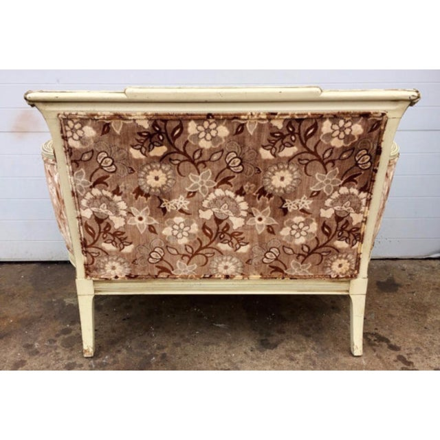 French French Style Floral Upholstered Loveseat For Sale - Image 3 of 4