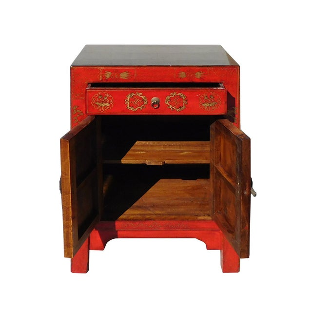 Chinese Side Table Cabinet - Image 5 of 6