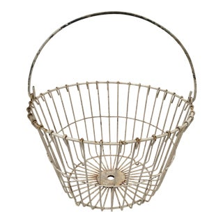1940s Americana White Wire Footed Farmhouse Egg Basket