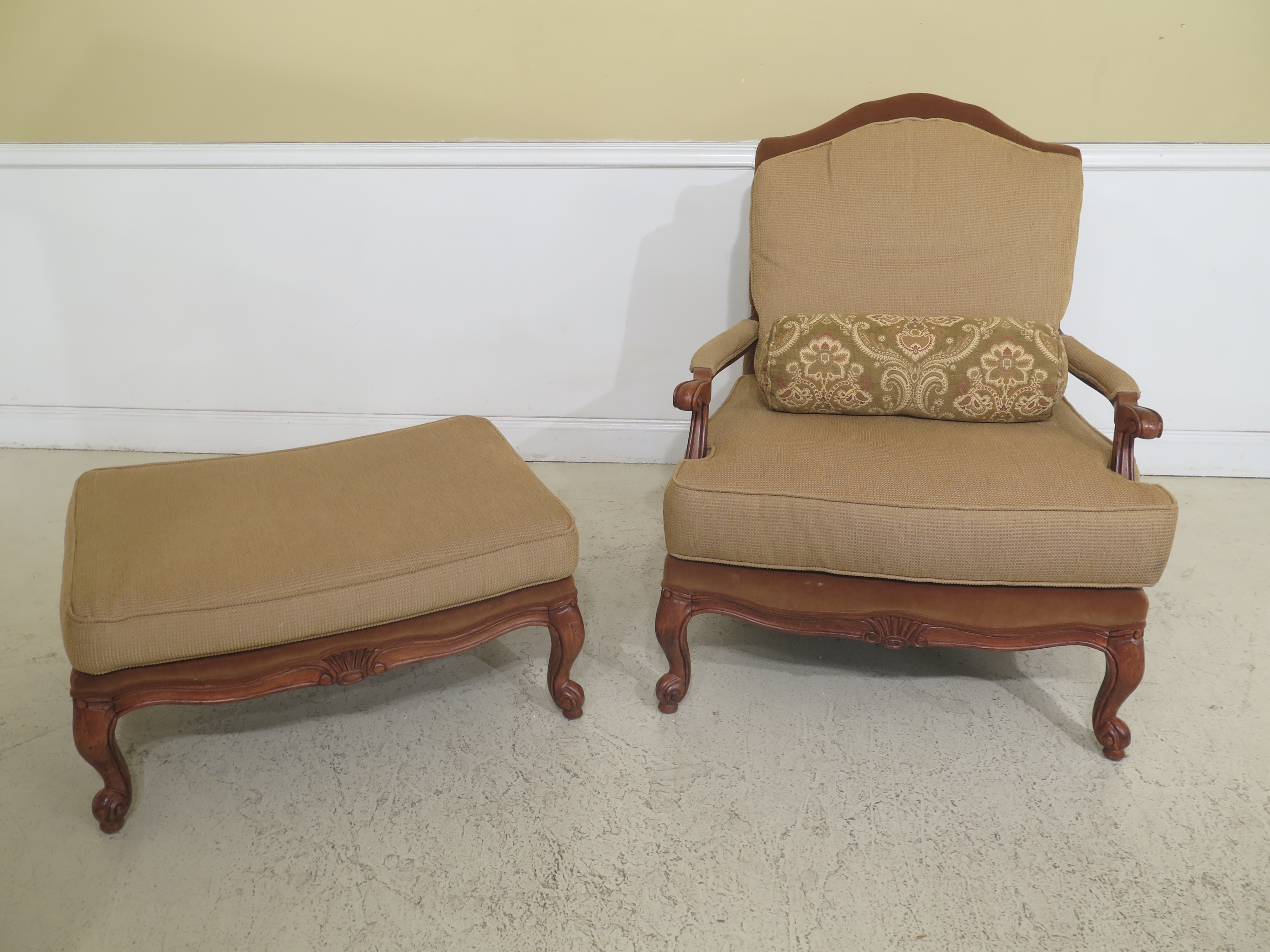 Ethan Allen French Oversized Arm Chair U0026 Ottoman. Circa 2010. High Quality  Construction.