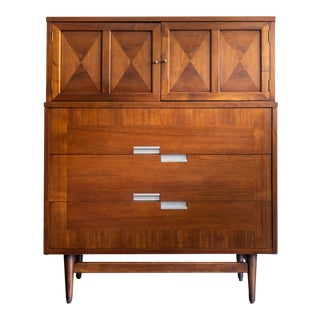 1960s American of Martinsville Accord Gentleman's Chest For Sale