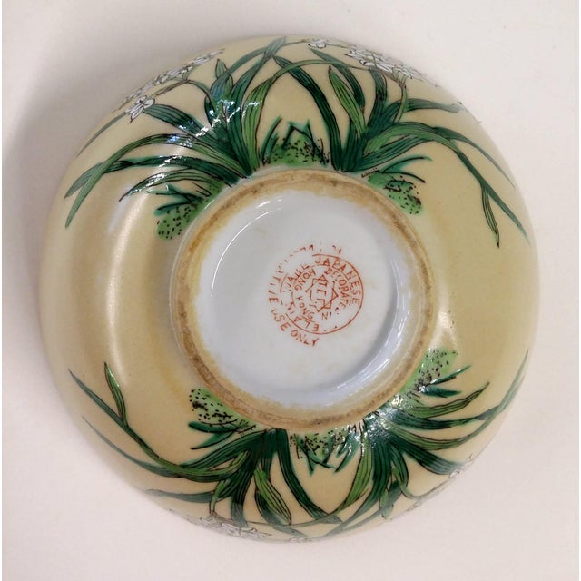 Chinese Porcelain Hand Painted Bowl For Sale - Image 7 of 8