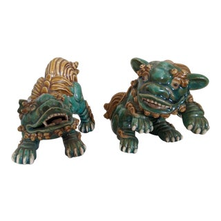 1950s Mid-Century Ceramic Foo Dogs - a Pair For Sale