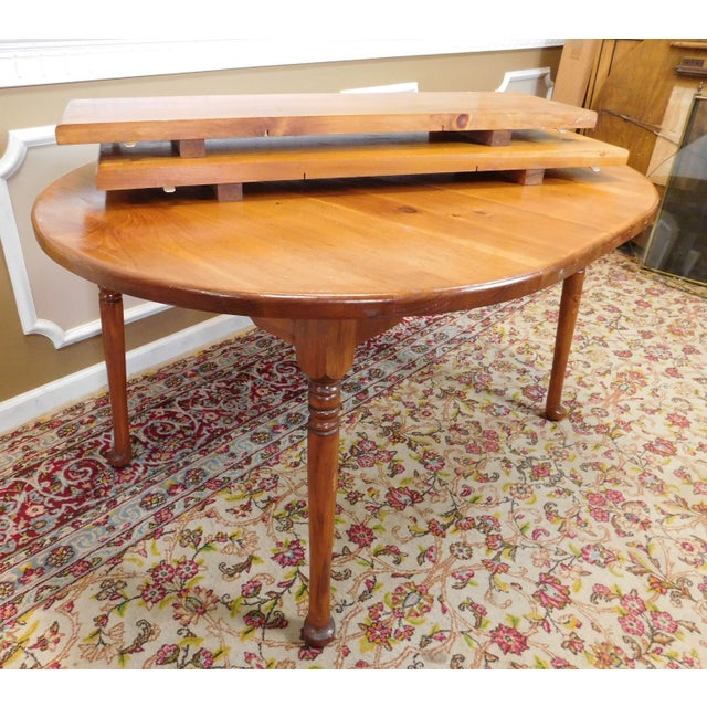 Classic Colonial Style Knotty Pine Oval Dining Table For Sale - Image 9 of 10