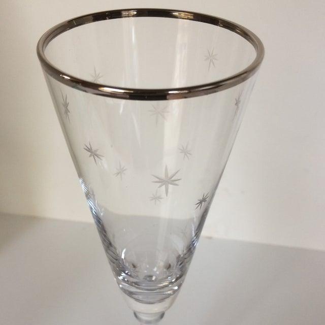 Set Of 4 Silver Rim Etched Starburst Champagne Flutes For Sale - Image 5 of 11