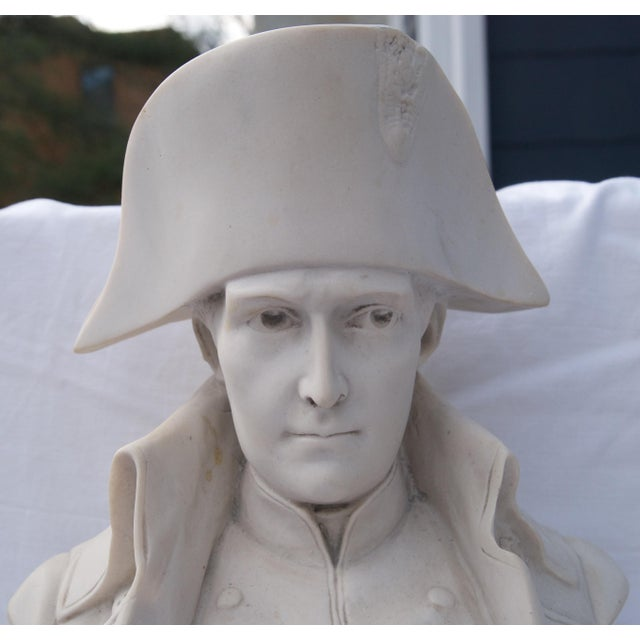 Show your love for Napoleon Bonaparte with this gorgeous bust! The sculpture is very well executed with great detail to...