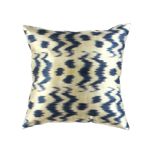 Boho Chic Pasargad Oasis Collection Silk Velvet Ikat Pillow For Sale - Image 3 of 4