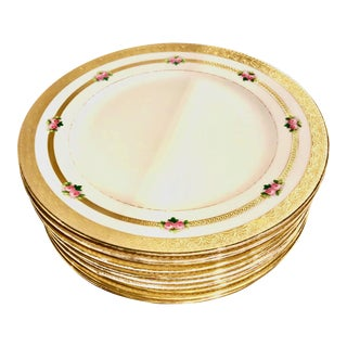 1910s Crown Sutherland Antique English Hand Painted Gilt Porcelain Dinner Plates - Set of 10 For Sale