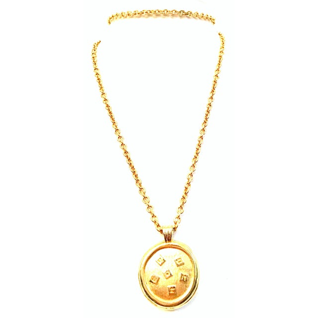"""Contemporary 20th Century Gold & Enamel """"G"""" Logo Reversible Givenchy Pendant Necklace For Sale - Image 3 of 9"""