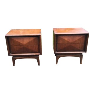United Diamond Drawer Mid Century Night Stands-a Pair For Sale