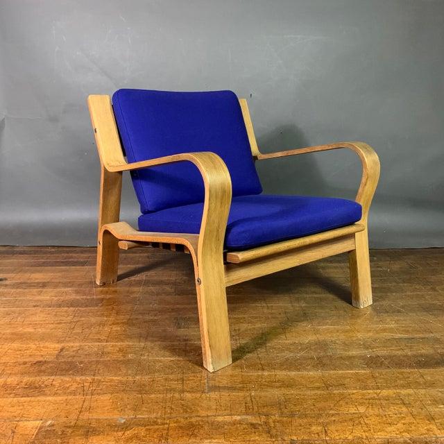 GETAMA Hans J. Wegner Ge671 Oak & Flag Halyard Lounge Chair, Getama For Sale - Image 4 of 13