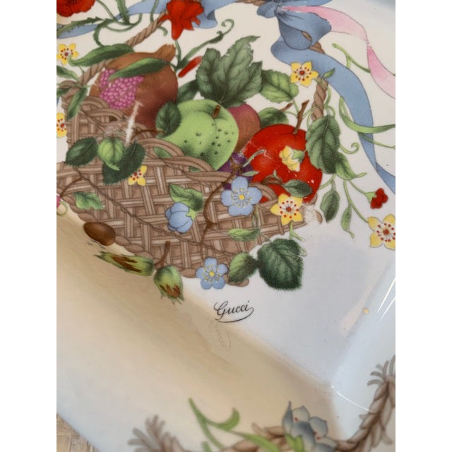 English Gucci Bouquet Ashtray/ Catchall For Sale - Image 3 of 8