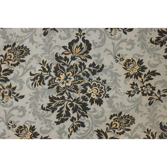 Late 19th Century Antique 1890s French Art Nouveau Gray & Black Floral Linen and Cotton Fabric For Sale - Image 5 of 6