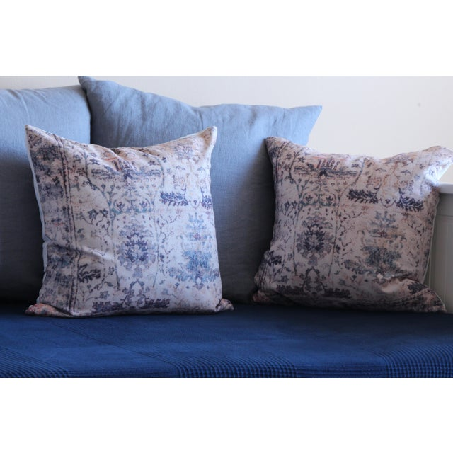 "English Traditional Vintage Blue & White Pillow Print Cover - 18"" x 18"" - A Pair For Sale - Image 3 of 6"