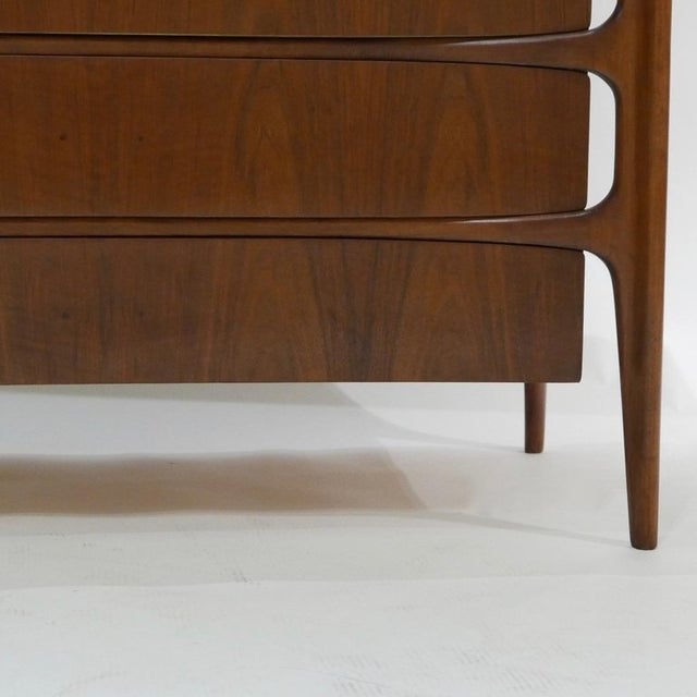 Urban Furniture Sculptural William Hinn for Urban Furniture Scandinavian 4 Drawer Walnut Chest For Sale - Image 4 of 11