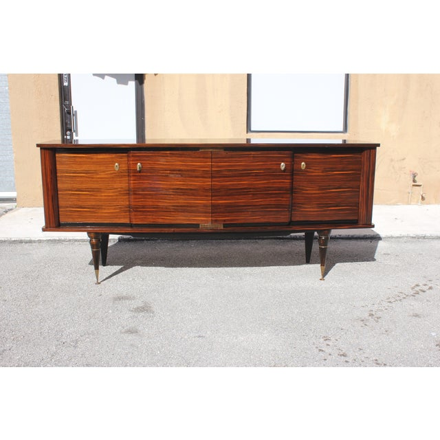 1940s Art Deco Exotic Macassar Ebony Sideboard / Buffet For Sale - Image 12 of 13
