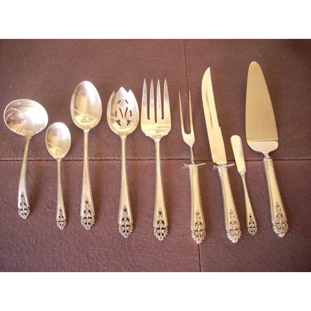 "1980s International Sterling ""Queen's Lace"" Flatware - 139 Pieces, Service for 12 For Sale - Image 5 of 6"