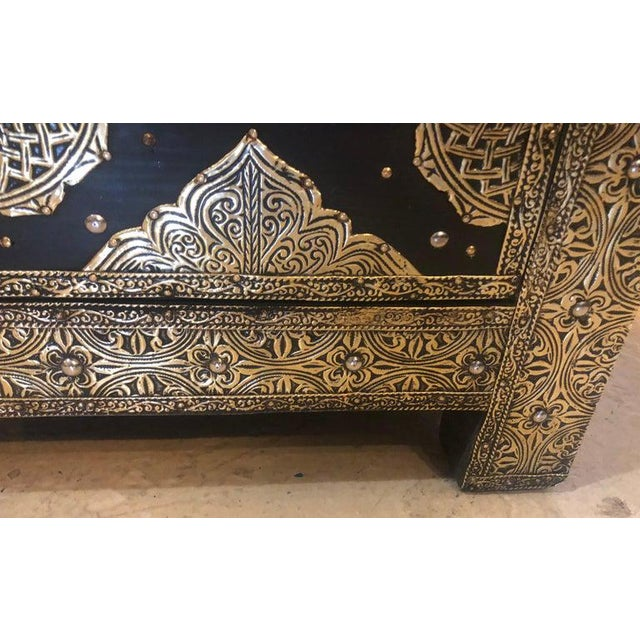 Pair Brass & Ebony Hollywood Regency Style Moroccan Commodes, Chests Nightstands For Sale - Image 10 of 13