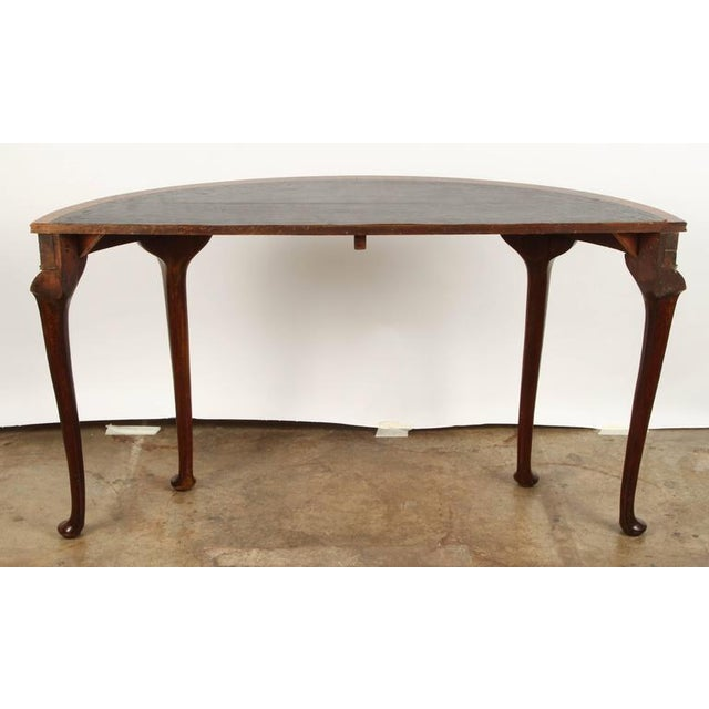 Edwardian 19th Century English demilune table For Sale - Image 3 of 10