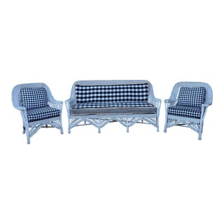 Vintage White Wicker Outdoor Patio Furniture-Set of 3 For Sale