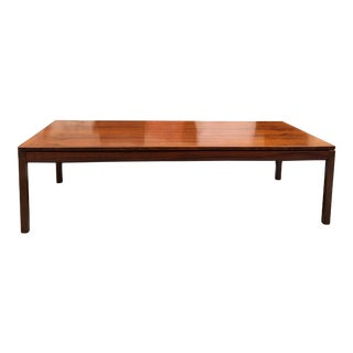 Mid Century Modern Rosewood Coffee Table For Sale