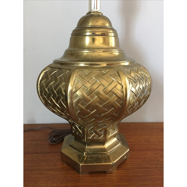 Mid-Century Modern Mid-Century Asian Basketweave Brass Table Lamp For Sale - Image 3 of 6