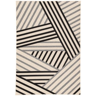 Jaipur Living Begley Indoor/ Outdoor Geometric Black/ Gray Area Rug - 7′2″ × 10′ For Sale