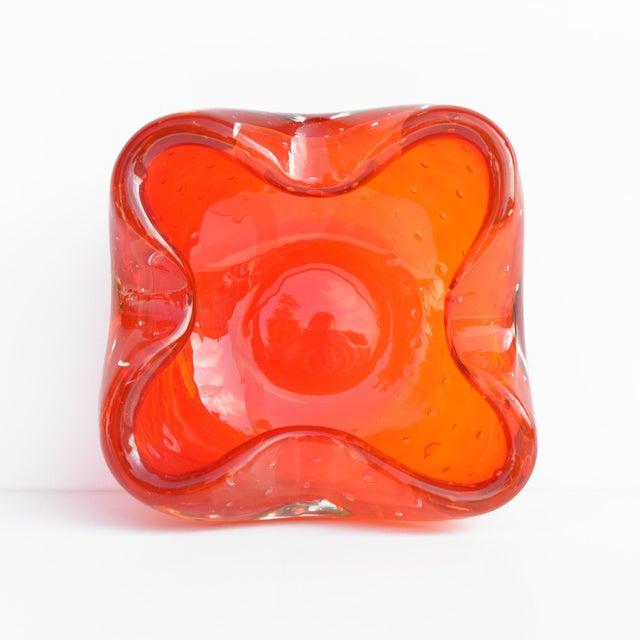 Contemporary Italian Design Galliano Ferro Murano Glass Ashtray For Sale - Image 3 of 9