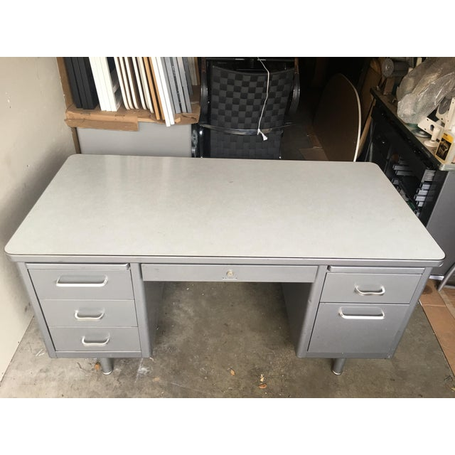 Gray 1970s Mid-Century Modern Steelcase Metal Tanker Desk For Sale - Image 8 of 9
