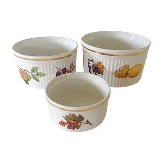 Royal Worcester Evesham Soufflé Dishes - Set of 3 For Sale