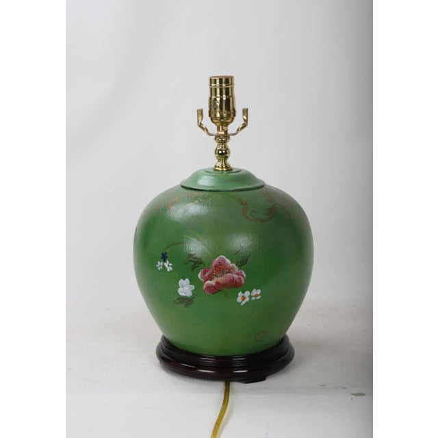 20th Century Art Deco Hand Painted Porcelain Table Lamp For Sale In New York - Image 6 of 9