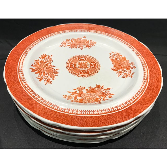 Ceramic 1950s Coral Copeland Spode Fitzhugh Plates 3 Piece Service for 8 - Set of 26 For Sale - Image 7 of 12