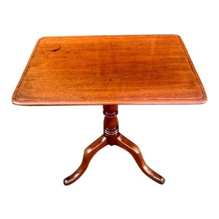 19th Century American Federal Tilt Top Table For Sale