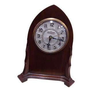 Early 20th Century Ingraham Mahogany Dome Mantle Clock For Sale
