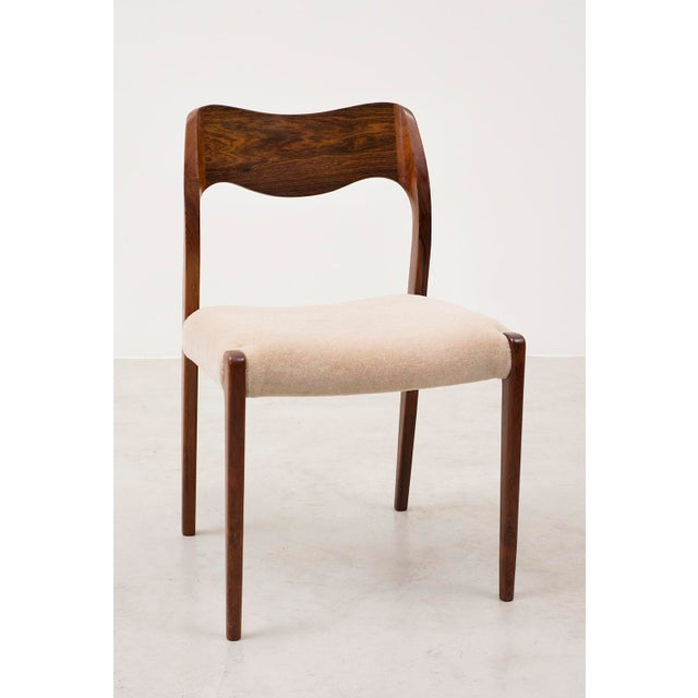 Niels Moller Set of Six Niels Moller Dining Chairs Model #71 in Rosewood and Velvet Mohair For Sale - Image 4 of 11