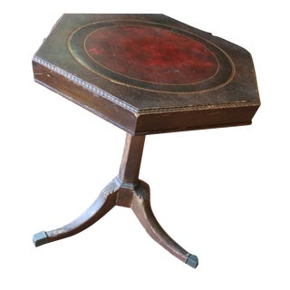 Vintage Pedestal Side Game Table