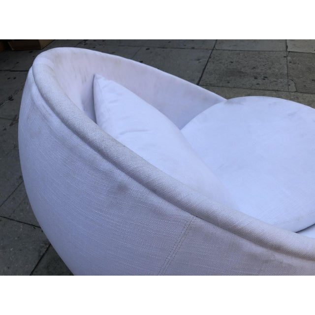 "Stunning ""Egg"" Swivel Chair by Milo Baughman for Thayer Coggin For Sale In Los Angeles - Image 6 of 11"