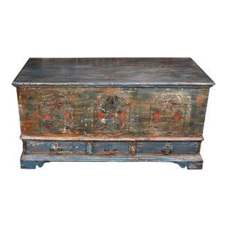 Early 18th Century Pennsylvania Blanket Box/ Dowry Chest For Sale